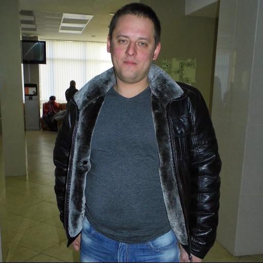Юрий Галенко
